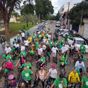 Participantes nas ruas de Linhares site de noticias em linhares