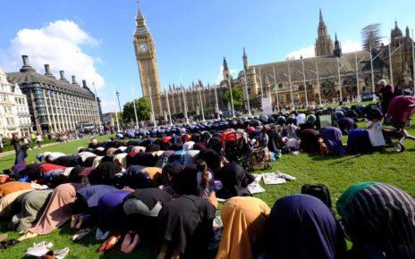 Londres se torna muçulmana aos poucos