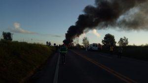 Liberada BR 101 em Conceição da Barra depois de invadida pelo mst manifestação