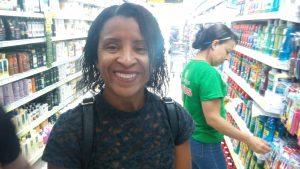 A dona de casa Simone Santos Silva disse que se assustou com o atual preço
