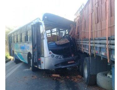 acidente onibus joana carc caminhão tijolo colatina es bairro são marcos radargeral