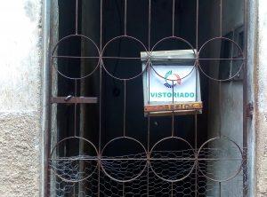 Mais de 30 famílias da Vila dos Pecadores, no Rio Pequeno, em Linhares, no Norte Capixaba, impactadas pela lama da Samarco, terminam hoje (21) de sair de seus imóveis conforme acordado entre moradores, a justiça e a Fundação Renova. Outras 18 famílias já deixaram a Vila, encaminhadas para imóveis alugados pela fundação ou em casa de parentes.