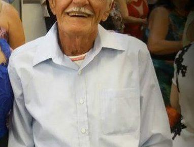 Familiares de Bonifácio Negrini, de 93 anos, faz apelo para doares de sangue de qualquer tipo.