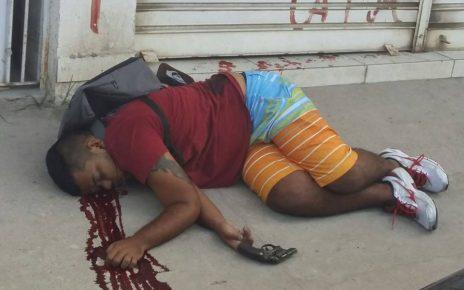 Um policial civil reagiu a um assalto e deixou um bandido morto e outro ferido na noite de quinta-feira (17), em Jardim América, Cariacica