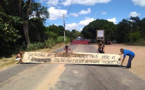 indios fazem protesto em aracruz radargeral.com