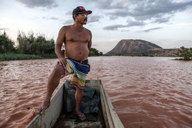 pescador_rio_doce